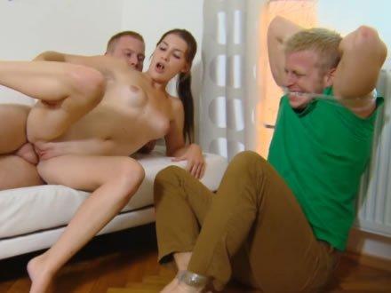 Kemény hatalmas fasz pornó