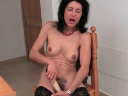 Szexre vágyó szőrös muffok