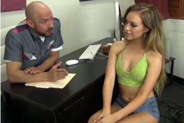 Lyra Louvel - casting szex a tinivel