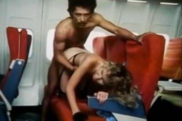 Szexkalandok a repülőgépeken