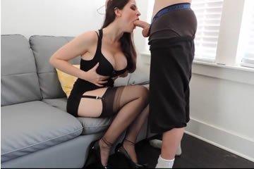 otthoni anya szexvideó